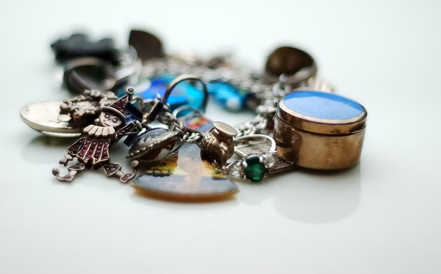 Types Of Charm Bracelets For Women